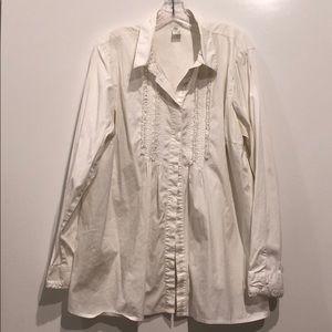 Beautiful white maternity shirt.